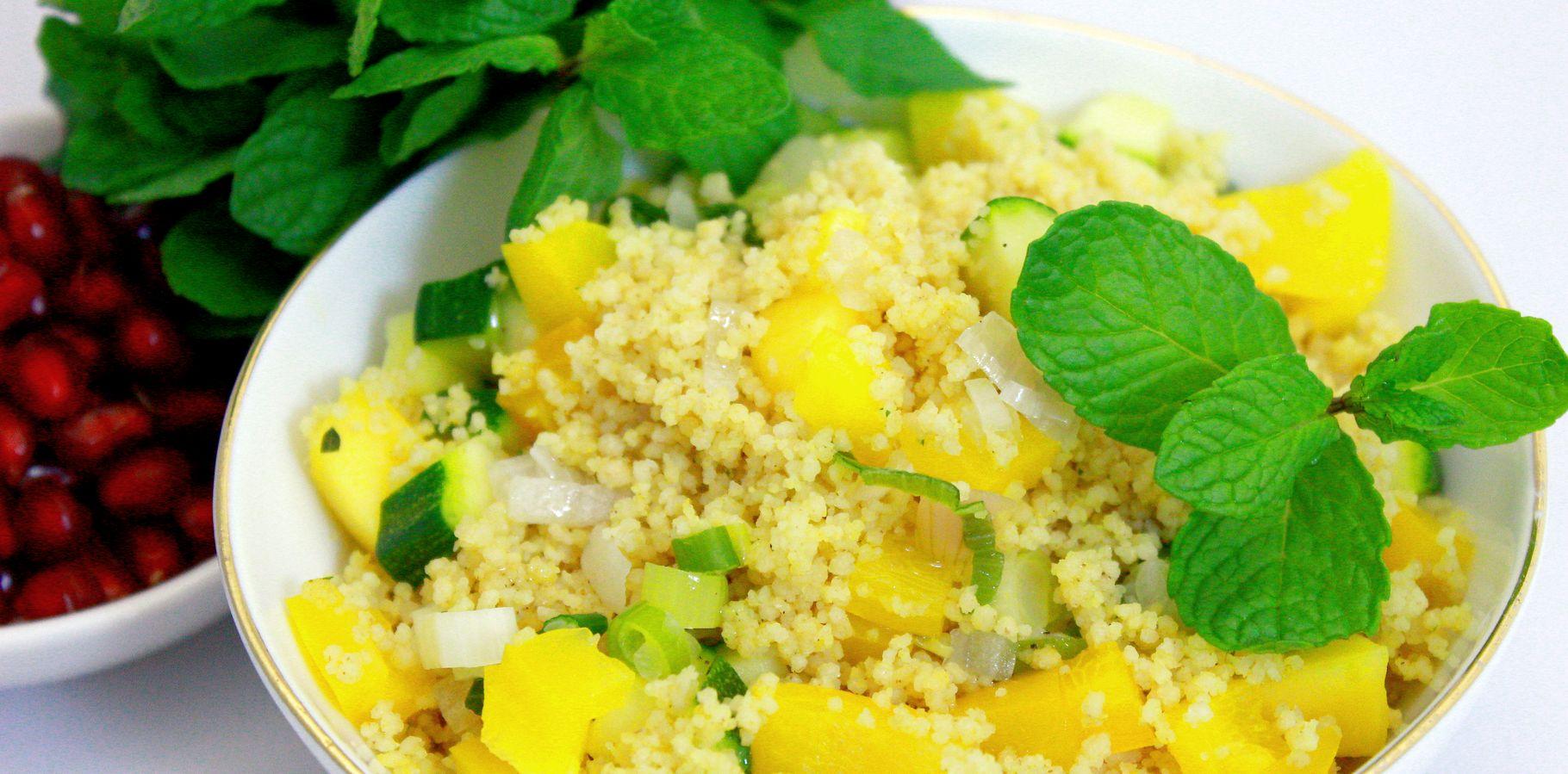 Leckeres Frühlingsrezept: Gelber Couscous-Mango-Salat